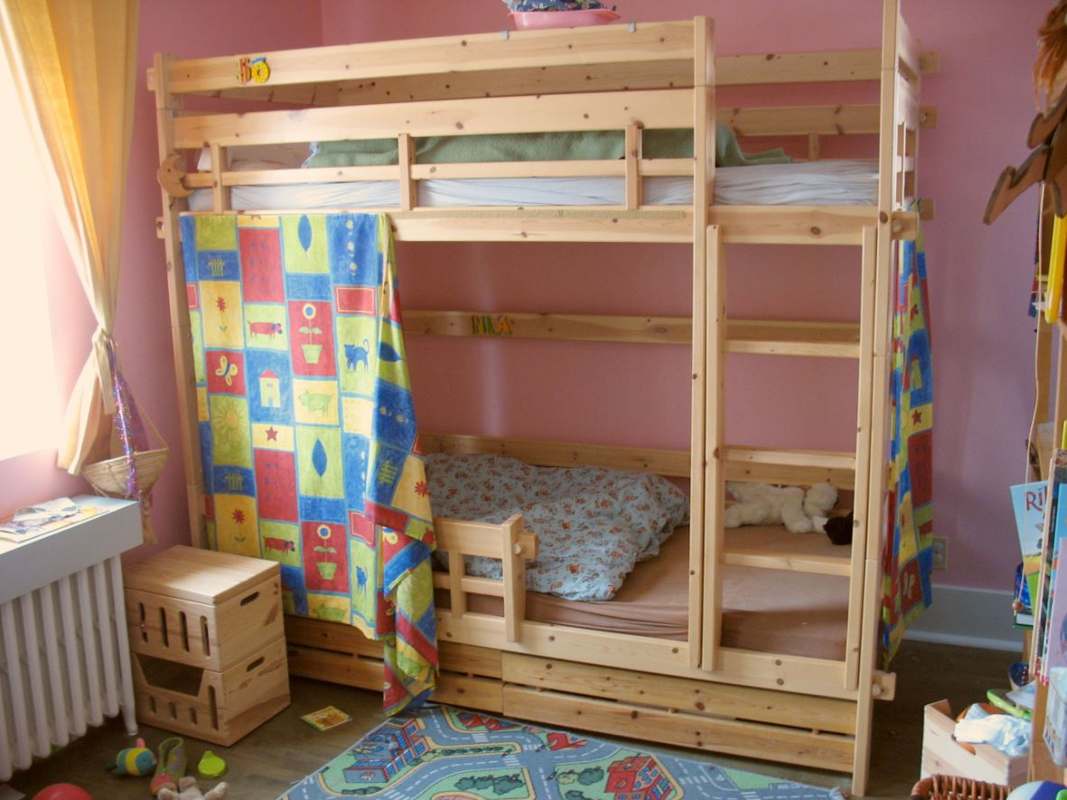 Bunk bed manufactured using white wood with framing along with bedside table manufactured using same material along with application of sealer. Best bedside tables in fujairah